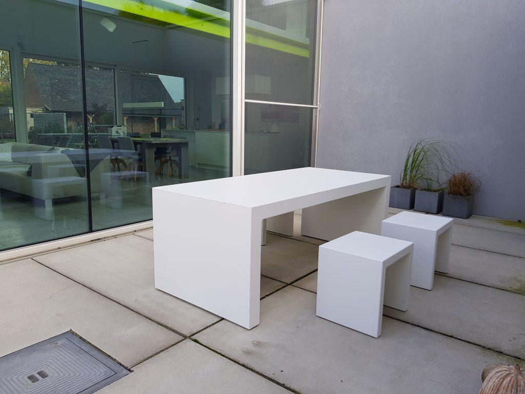 Maatwerk aluminium tafels zakelijk bestellen