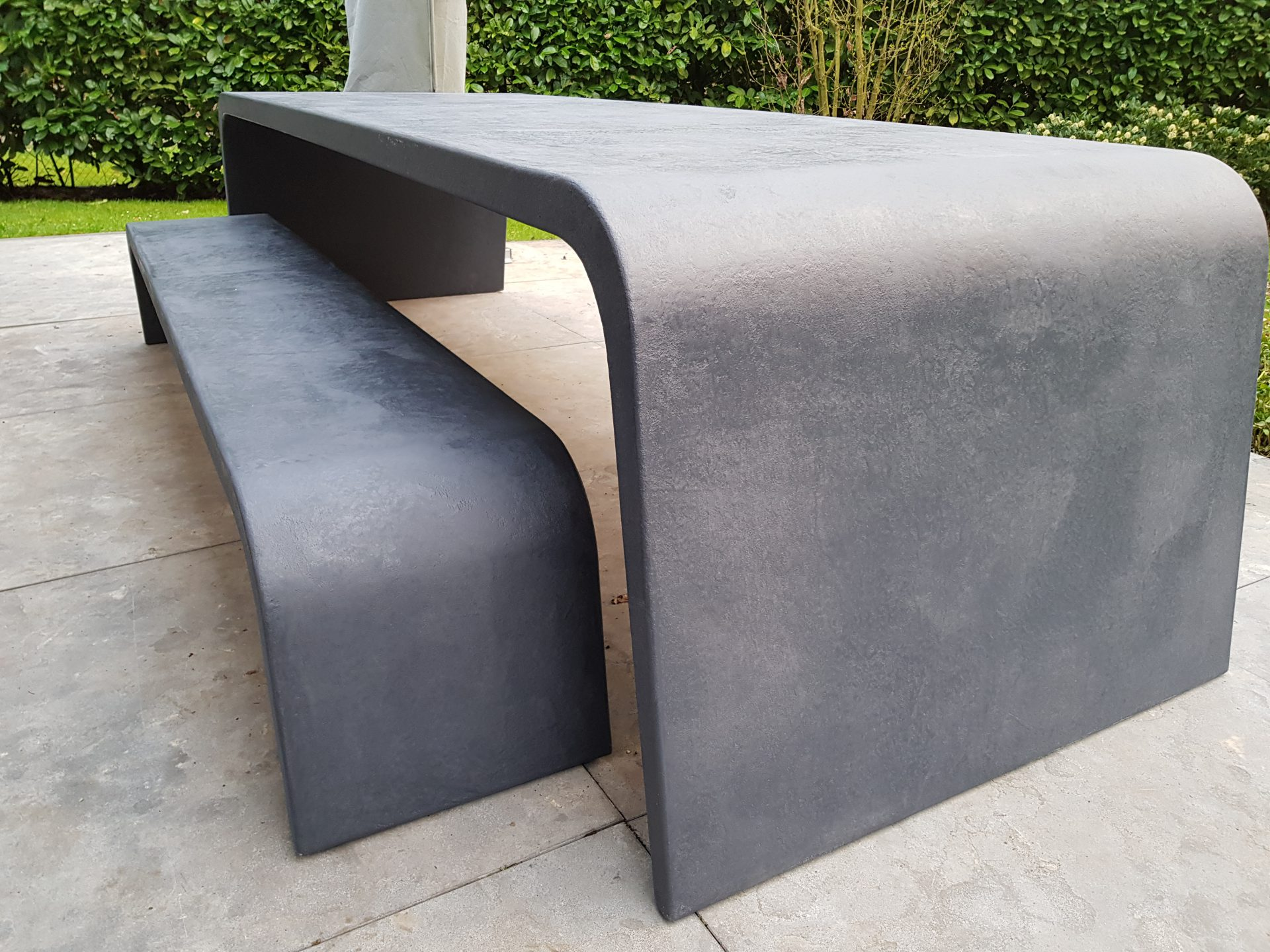 Betonlook tafel Slider - Zwart (2)